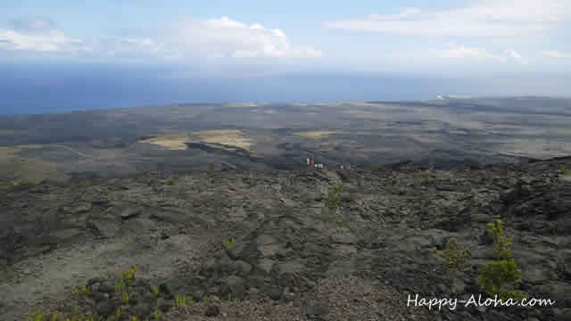 黒い溶岩台地