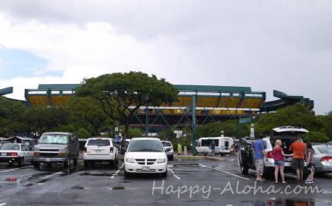 雨上がりのアロハ・スタジアム