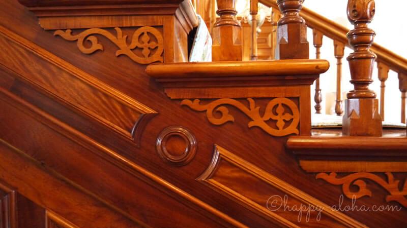 階段の側面