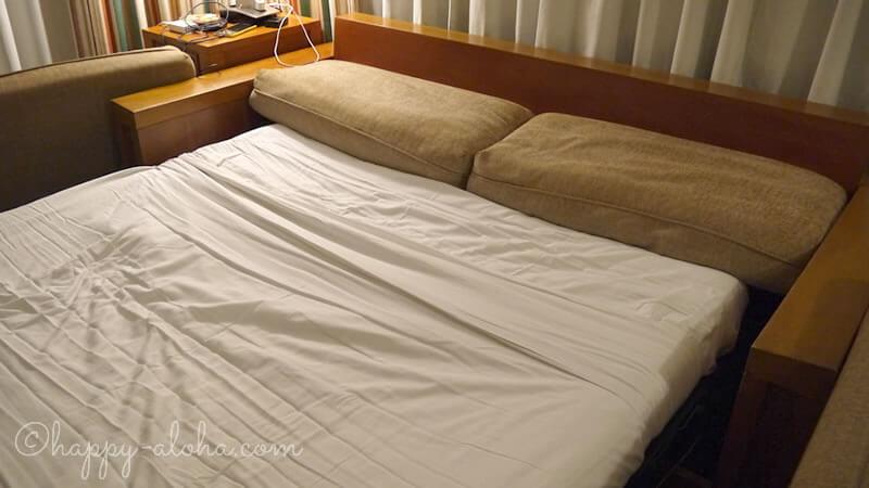 ベッドにチェンジ