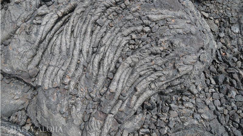 溶岩流が固まった