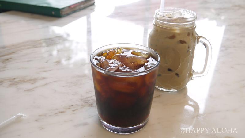 アイスコーヒーとアイスラテ