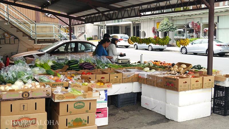 カイムキの町の市場