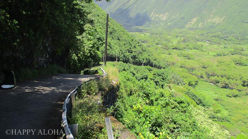 ワイピオ渓谷へ降りる